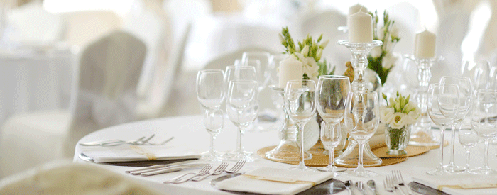 white-table-setting